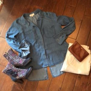 NWOT Cloth & Stone chambray shirt